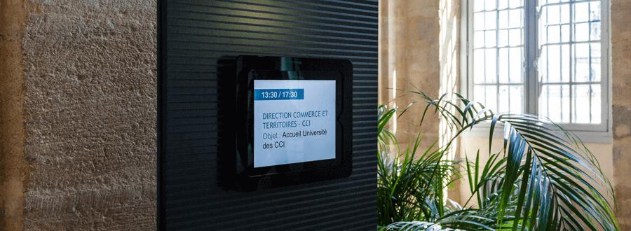 Digitale Türschilder Zentrale Verwaltung von Raumbelegungen